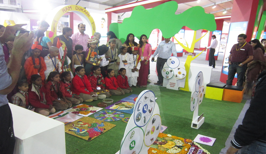 Education Exhibition Stall : Exhibition stall fabrication services